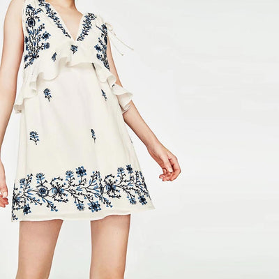 Sleeveless Deep V Neck Sweet Floral Embroidery Dress