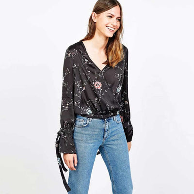 Trumpet Sleeve V Neck Edgy Floral Print Blouse