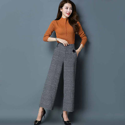 Medium Rise Pom Pom Classic Plaid Pants