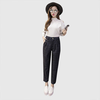 Medium Rise Button Classic Plaid Pants