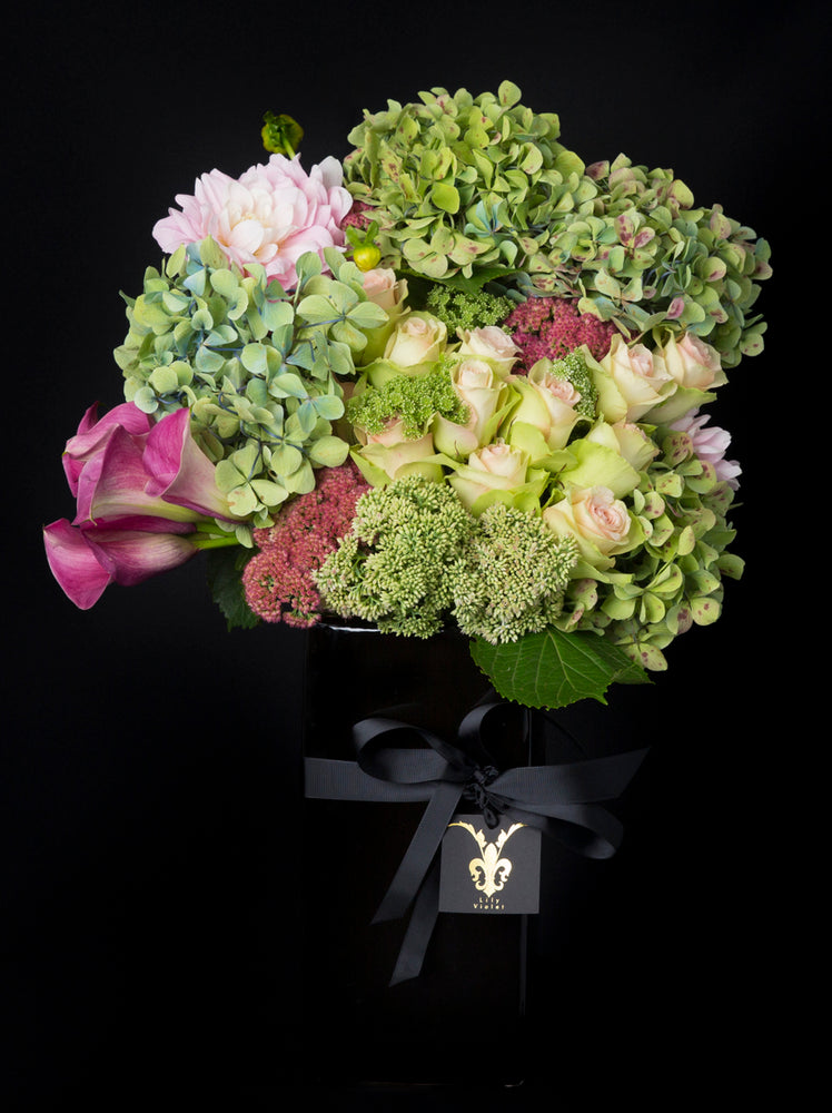 Vogue Vase Arrangement