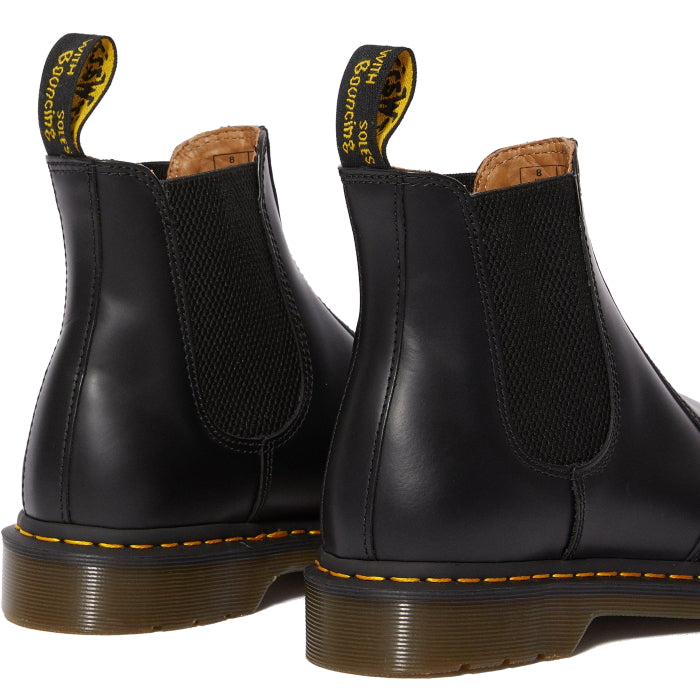 Dr Martens -2976 YS Chelsea Boot Inuck Smooth Leather Black