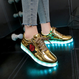 2018 New Size 26-44 Kids Luminous Sneakers for Girls Boys Women Shoes with Light Led Shoes with Flower Glowing Sneakers