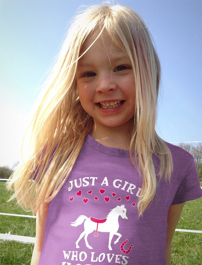 Just A Girl Who Love Horses Toddler Kids Girls' Fitted T-Shirt