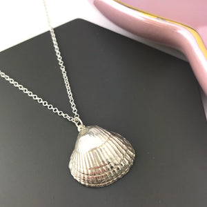 Sterling Silver Giant Shell Pendant Necklace