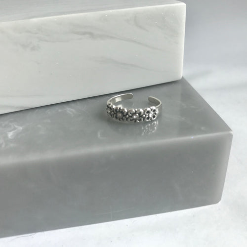 Sterling Silver Sparkly Flower Toe Ring / Pinky Ring