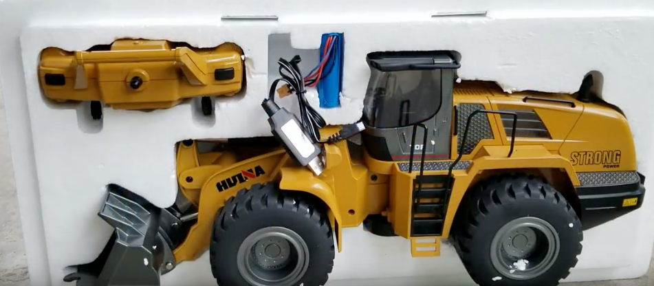 Wheeled Loader Metal Remote Controlled HuINa 1583 - RC Toy Sellers - HuIna