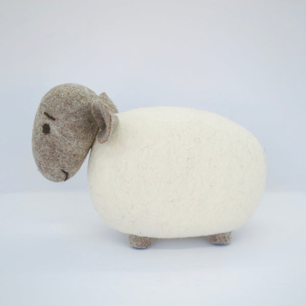 White Sheep (Oatmeal Head)