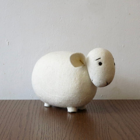 White Sheep (White Head)