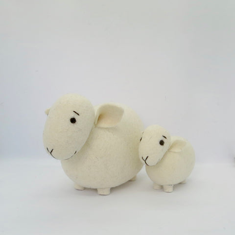 Sheep & Lamb Gift Set White