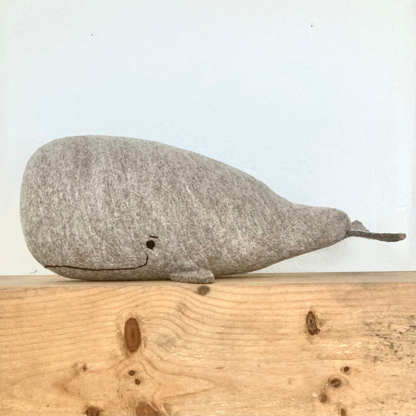 Extra Large Natural Wool Sperm Whale