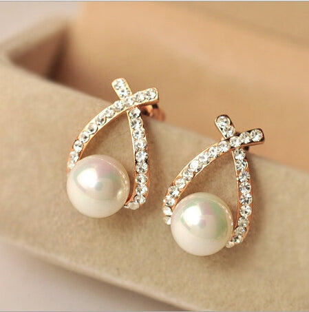 Rhinestone Gold Color Crystal Pearl Stud Earring