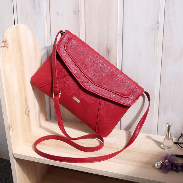 Envelope Red Messenger Bag