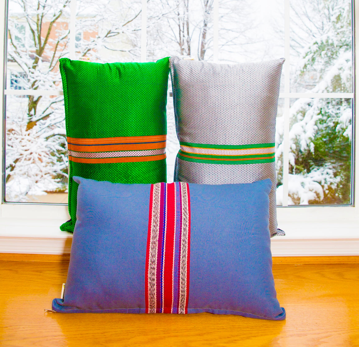 "Set of 2 Grey-Blue Lumbar Pillow - ""Country Cloth"" Border"