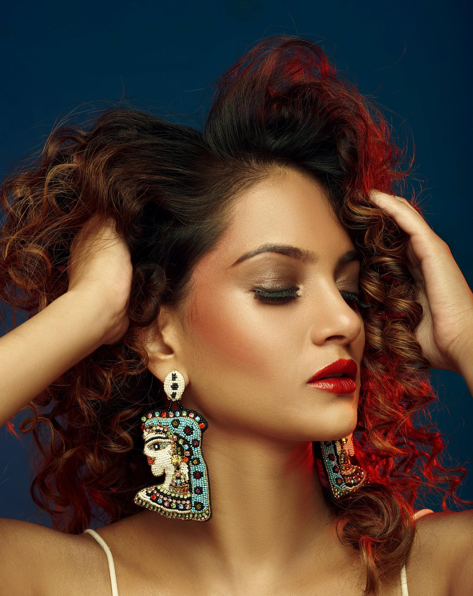 BEGADA designer jewellery earrings inspired by the culture of Egypt