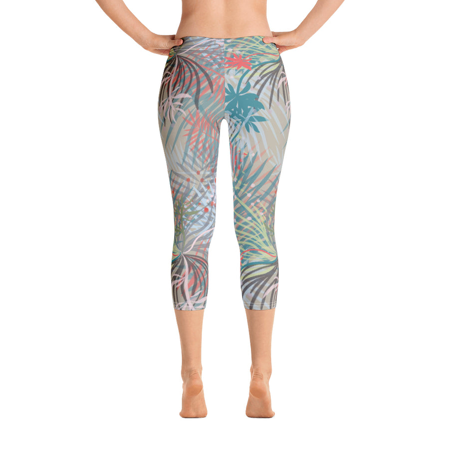 RJM_CAPRILEGGINGS_FEVER Botanical Print Capri Leggings Front