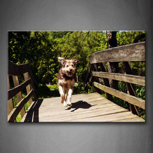 Beagle Run On Wood Bridge Wall Art Painting Pictures Print On Canvas Animal The Picture For Home Modern Decoration