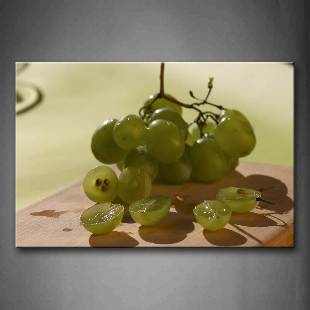 A Bunch Of Green Grapes And Some Grapes Pieces. Wall Art Painting The Picture Print On Canvas Food Pictures For Home Decor Decoration Gift