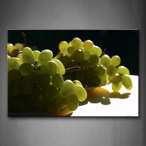 A Amount Of Grapes. Wall Art Painting Pictures Print On Canvas Food The Picture For Home Modern Decoration