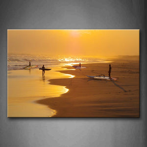 Beautiful Sunbeam And Men Are Playing On Beach  Wall Art Painting Pictures Print On Canvas Seascape The Picture For Home Modern Decoration