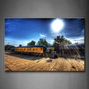 Yellow Train And Sunbeam  Wall Art Painting Pictures Print On Canvas City The Picture For Home Modern Decoration