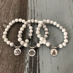 Peace And Happiness Offering Howlite Bracelet - Bracelets