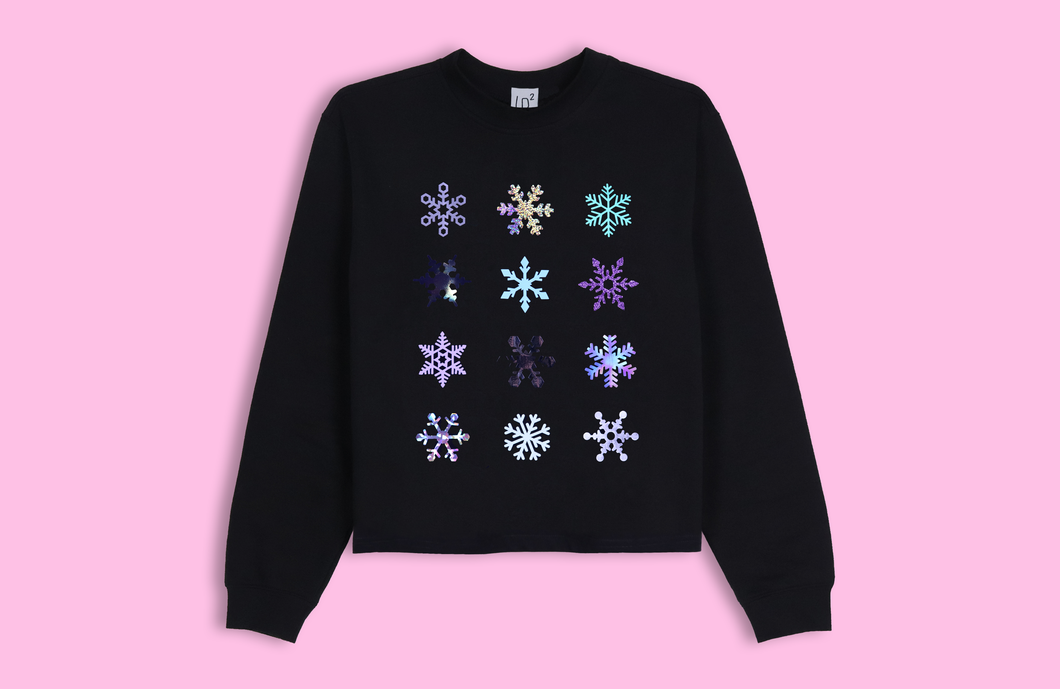 SNOWFLAKES black crop sweater