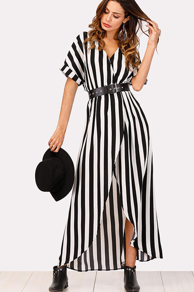 STRIPED BLACK & WHITE DRESS WITH A BELT
