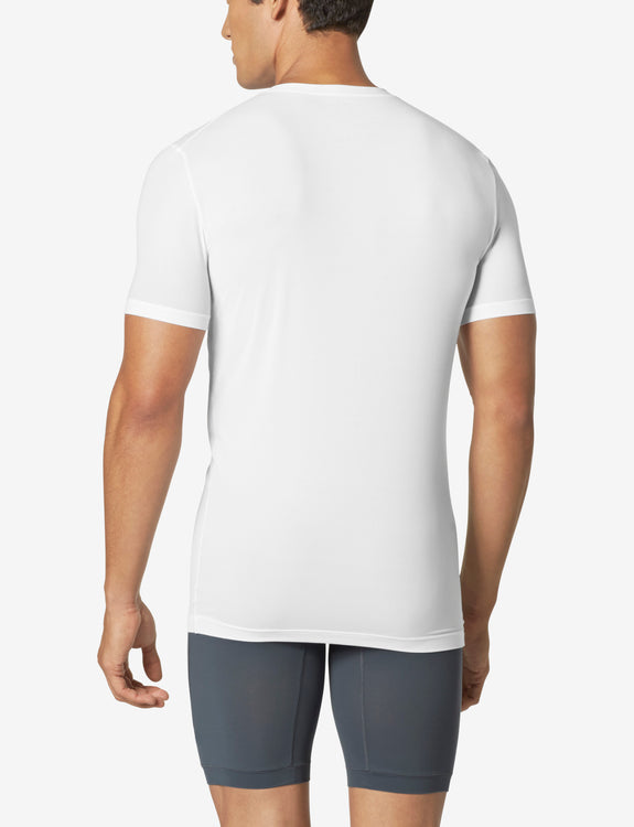 Air High V-Neck Stay-Tucked Undershirt