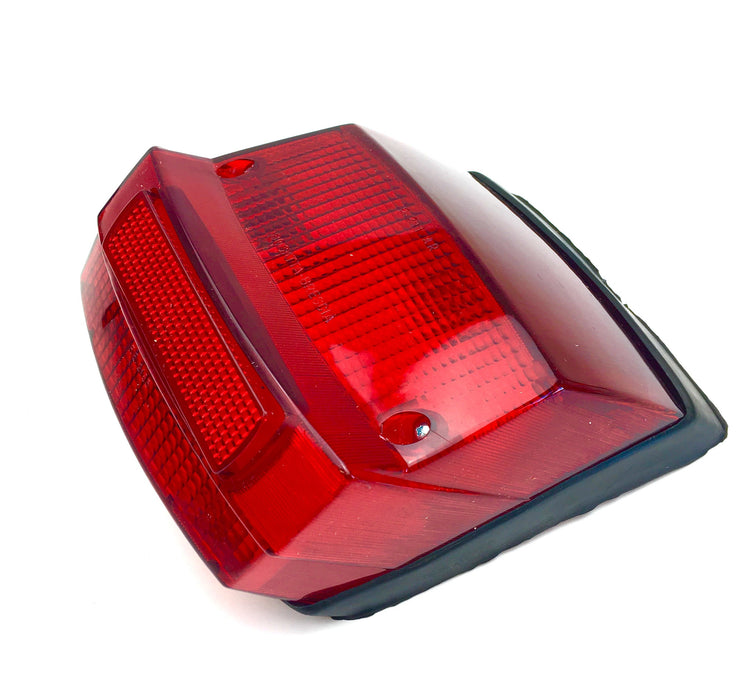 Vespa Rear Light Unit P125X, P150X, P200E