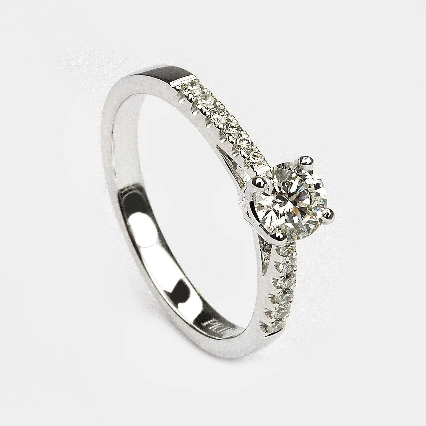 Diamond Set Solitaire Brilliant cut - The Collective Dublin