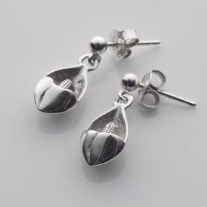 EASTER LILLY TINY DROP EARRINGS IN SOLID SILVER