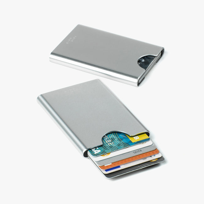 Slim aluminum card case in silver colour by Thin King