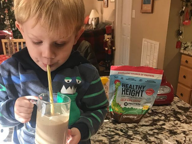 Chocolate Peanut Butter Delight Kids Smoothie