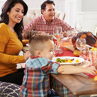 7 Holiday Feeding Struggles and How to Handle Them