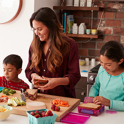 8 Ways to Get Your Kids in the Kitchen(And Why You Should)