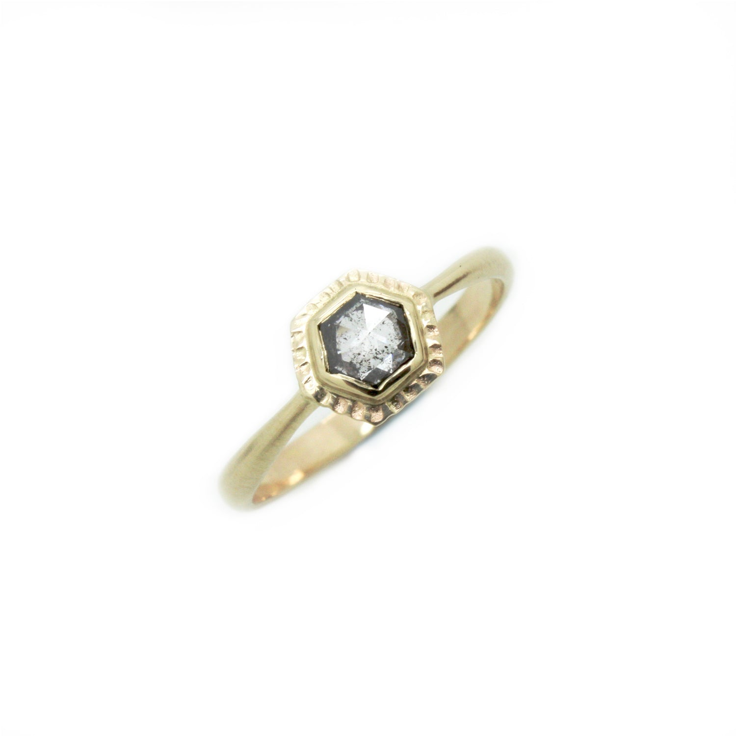 Hexagonal Sunburst Salt&Pepper Diamond Ring | Size 6.5