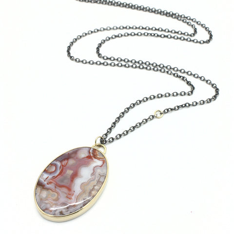 Grand Lace Agate Necklace
