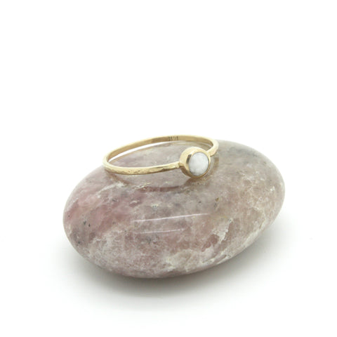 Little Sea Scallop Pearl Ring | 14k Gold | Size 6.5