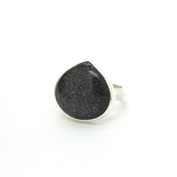 Teardrop Midnight Quartzite Ring | Size 7.5