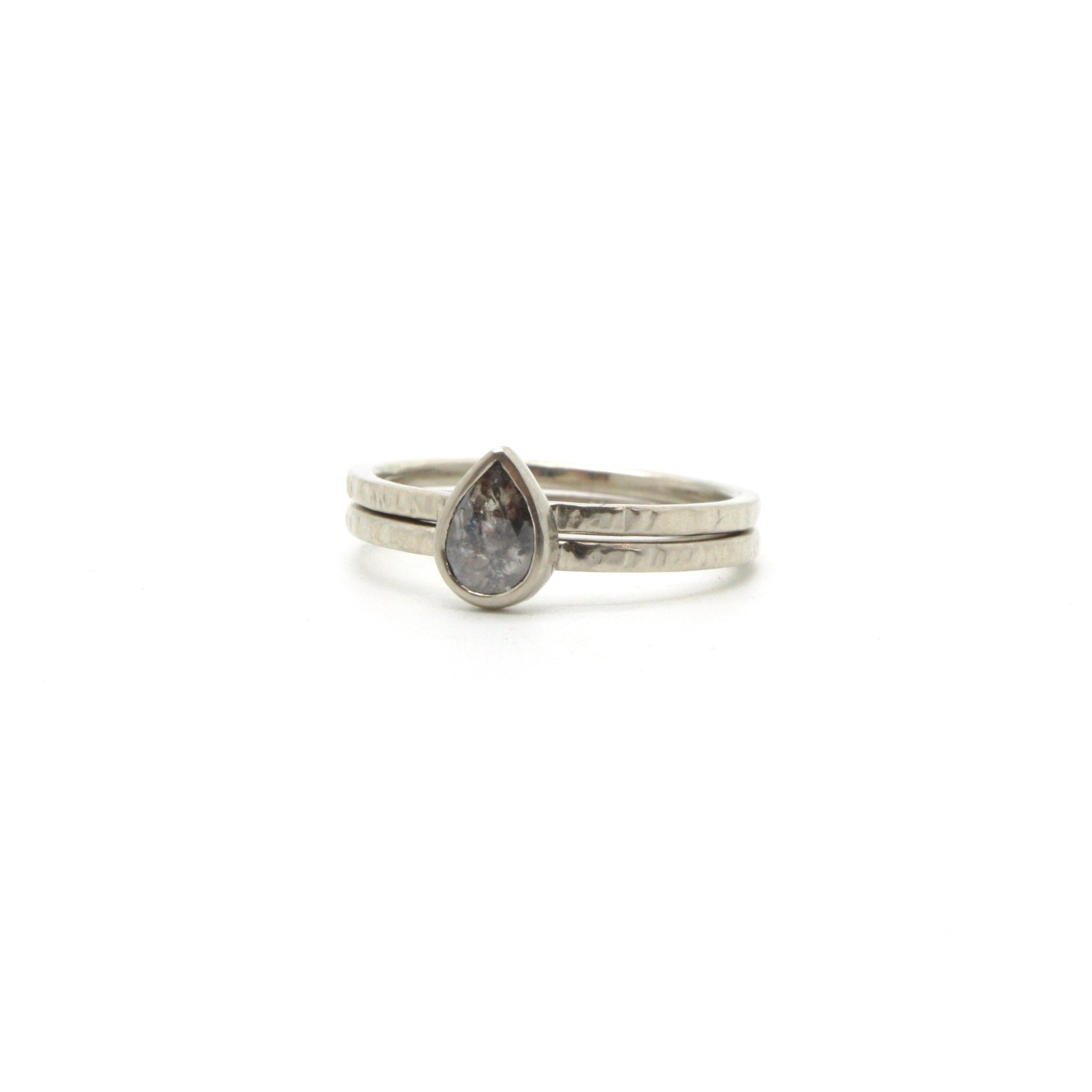 Teardrop Salt and Pepper Diamond Ring Set | Size 6.5
