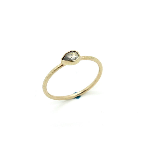 Petite Salt & Pepper Teardrop Diamond Ring | Size 6.5