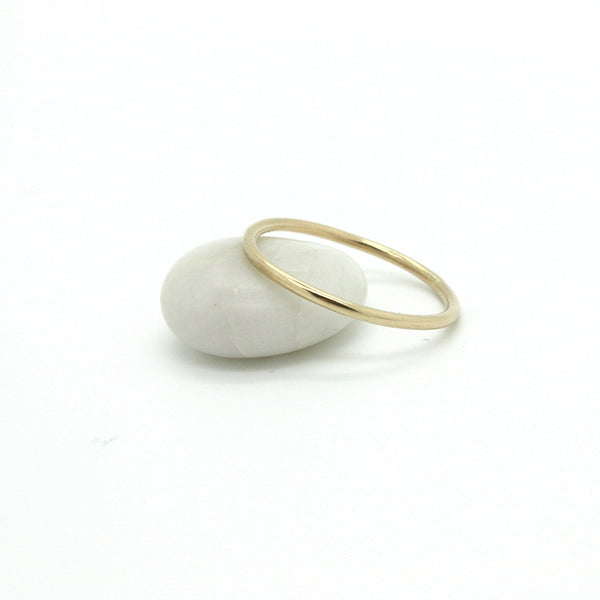 Thin Band in 14k Gold