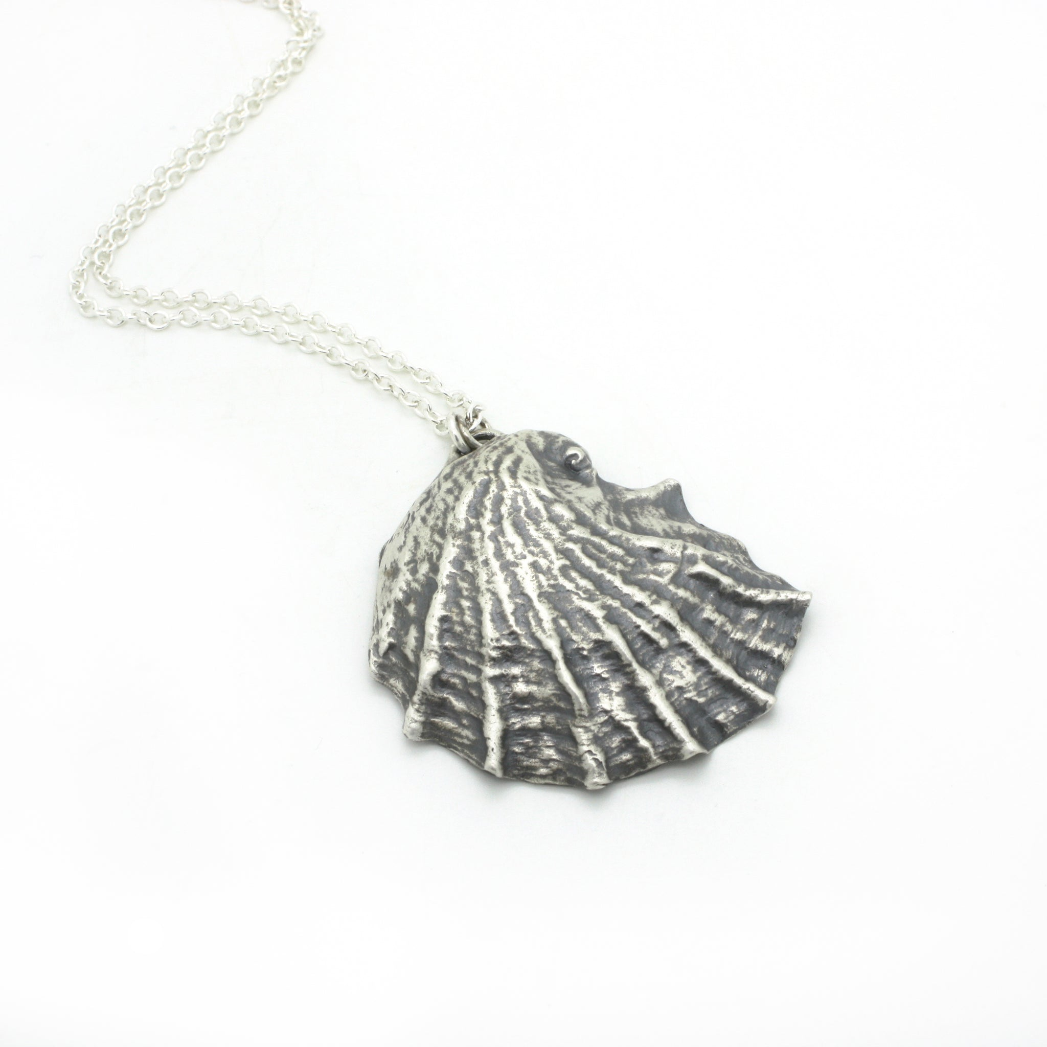 Grand Oyster Necklace