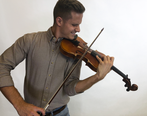 Top-5 Violin-Playing-Mistakes-That-Lead-to-Injury-2