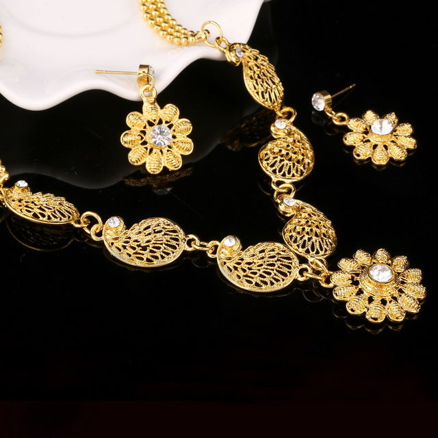 2018 Bridal Gift Nigerian Wedding African Beads Jewelry Set Fashion Dubai Gold Jewelry Set for Women Wholesale Design