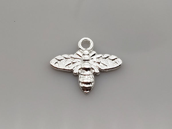15 Silver Tone Bee Charm, Jewelry Making 14mmx16mm - deelytes-com