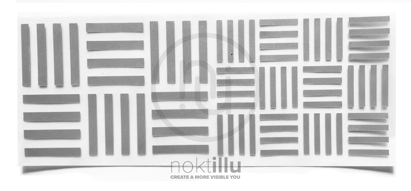 Four Stripes Reflective Design - Noktillu
