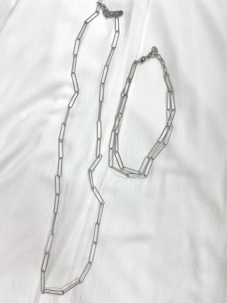 Load image into Gallery viewer, Paper Clip Necklaces