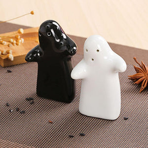 Love Hug Salt and Pepper Shakers